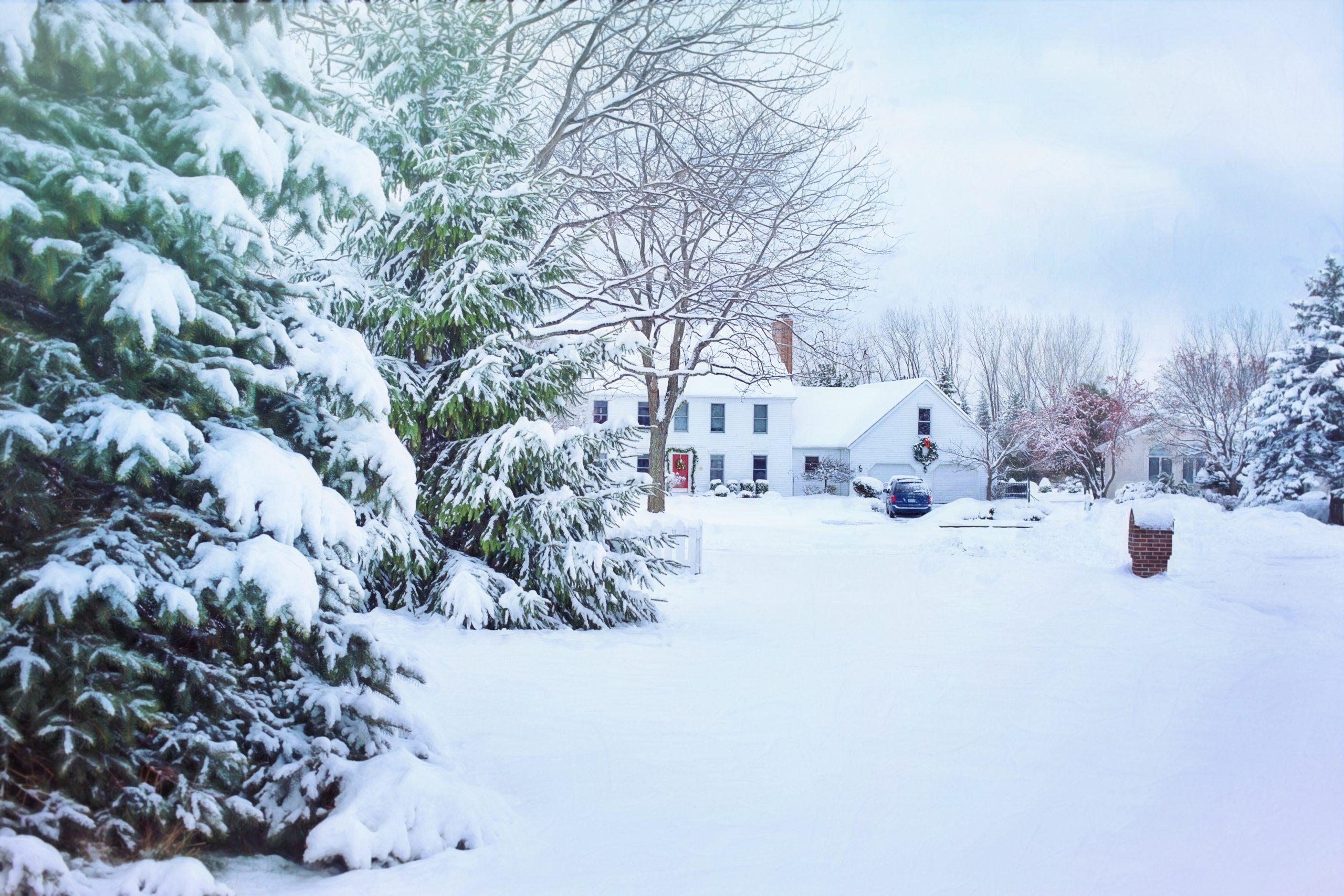 weihnachten-hausbau-winter